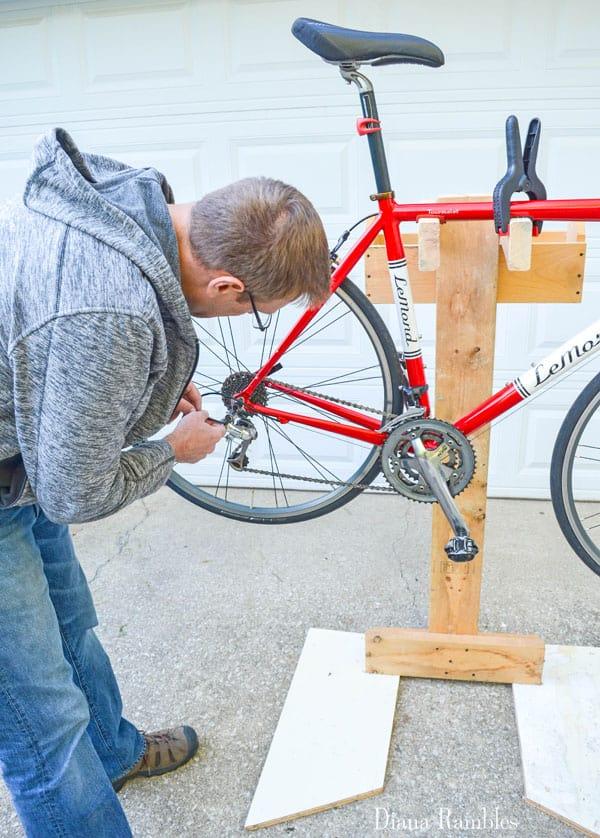 Diy Bicycle Repair Stand From Scrap Wood Tutorial