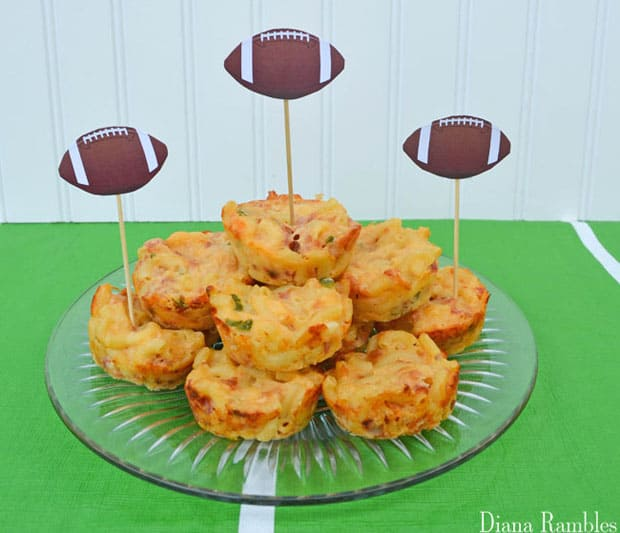 bacon-jalapeno-macaroni-and-cheese-cups-recipe_edited-1