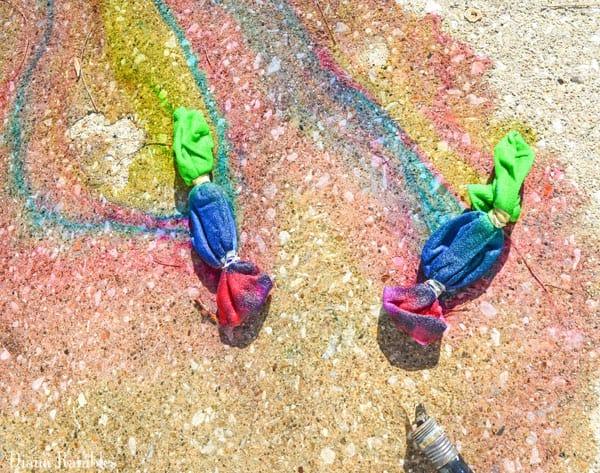 tie-dye-socks-rinse