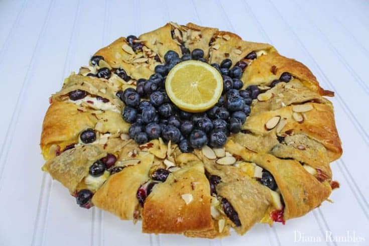 Lemon Blueberry Cream Cheese Pastry Ring