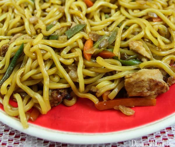 close up of Ling Ling Yakisoba Noodles