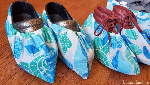 Make your own DIY Shoe Covers in about 10 minutes with this easy sewing tutorial. You can quickly make waterproof shoe covers or medical booties.
